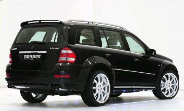 /assets/images/gallery/2010-BRABUS-Mercedes-Benz-GL63-Biturbo-Rear-Side-View-588x390.jpg