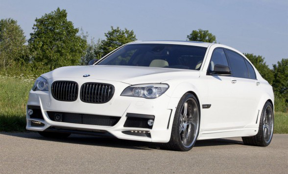 /assets/images/gallery/2010-LUMMA-Design-BMW-7-Series-Front-Side-View-588x392.jpg