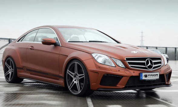 /assets/images/gallery/2013-Prior-Design-Mercedes-Benz-E-Class-Coupe-PD850-Black-Edition-Front-Angle-588x441.jpg